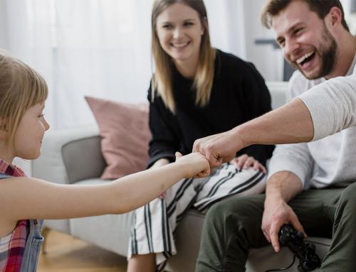 Научно доказано: Прилагането на позитивно възпитание подобрява поведението на детето